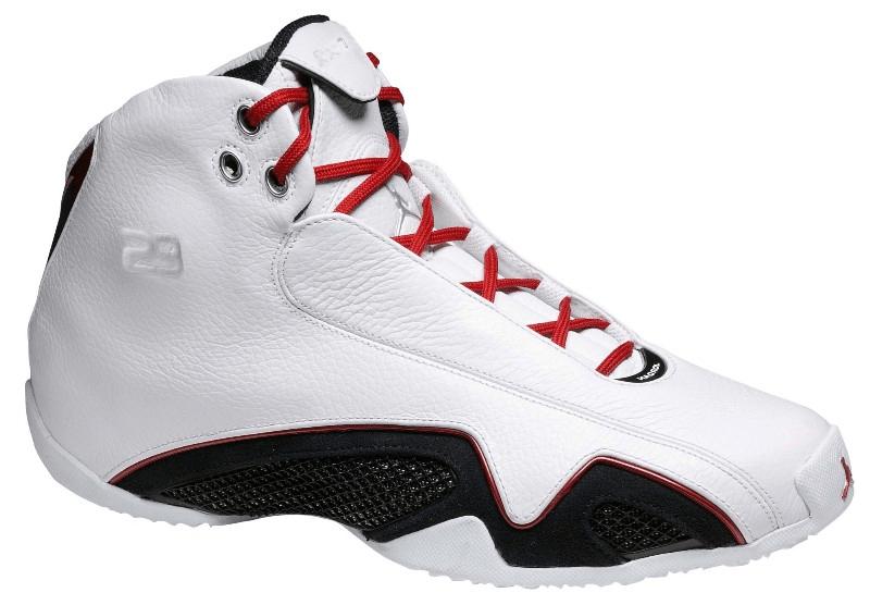 Λευκό Nike Air Jordan 21 με κόκκινα κορδόνια